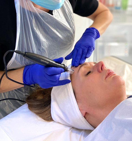 Microneedling training courses with skin health solutions